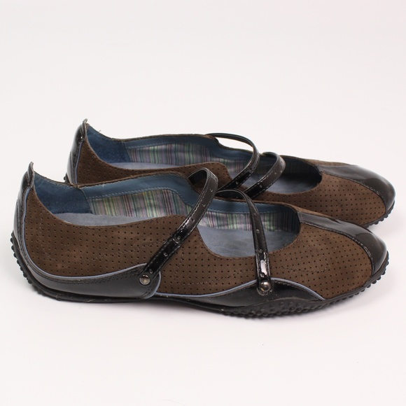Privo Shoes - Clarks Privo brown patent leather suede mary janes
